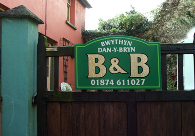 Do you need somewhere to stay on your Welsh holiday, visit wales and stay at Bwythyn Dan Y Bryn by Pen Y Fan in the Brecon Beacons Wales